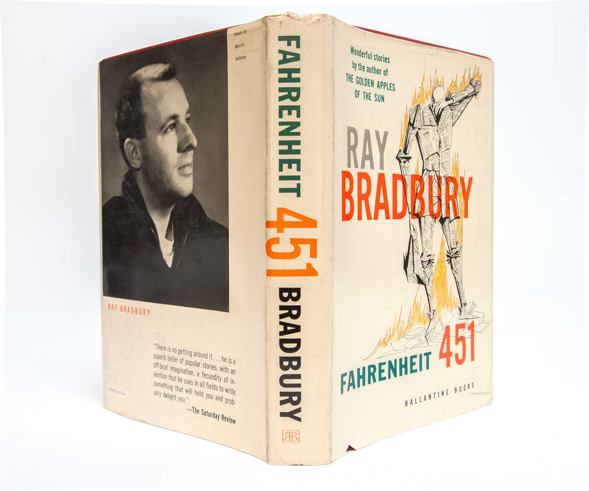 books and thinking outlawed in fahrenheit 451 by ray bradbury Fahrenheit 451 by ray bradbury flapping pigeon-winged books died on the porch and lawn of the house thinking little at all about nothing in particular.