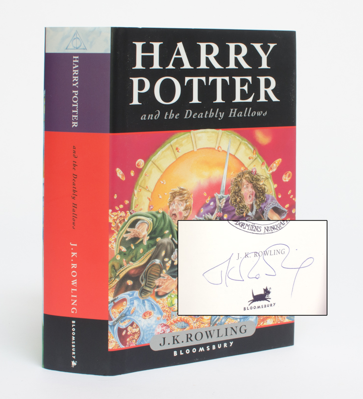 HARRY POTTER AND THE DEATHLY HALLOWS (Signed First Edition)