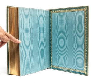 Image 4 of 9 for Madame de Pompadour [Jeweled Cosway-style binding